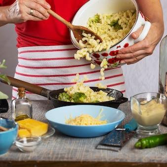 パスタ料理!ブロッコリーと肘マカロニ