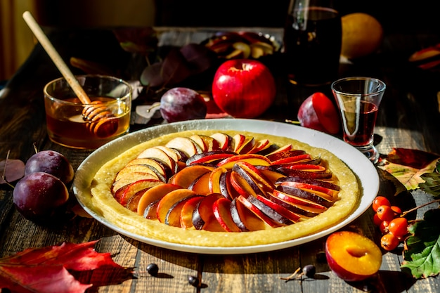Cooking plum apple pie