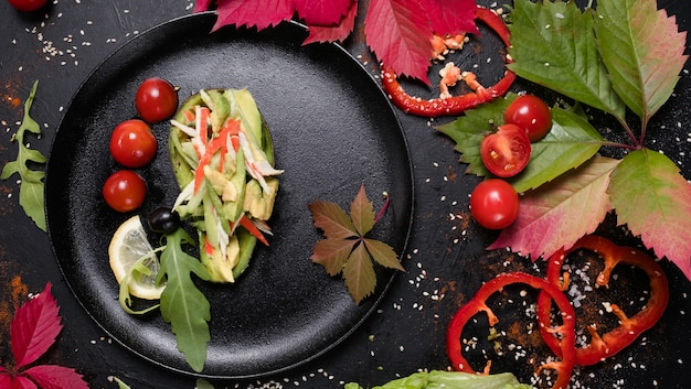 料理レシピ野菜アボカドサラダ