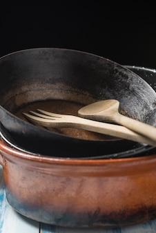 古い調理器具