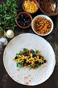 Cooking vegan shawarma. vegan burrito.