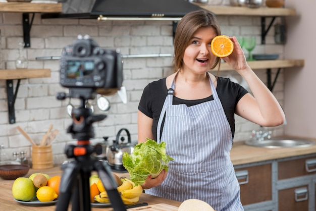 Cooking vlogger