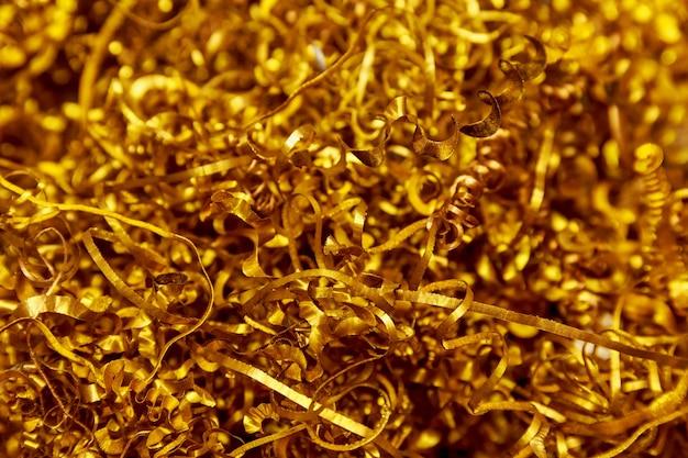銅の削りくず。生産中の cnc マシンでの銅加工。