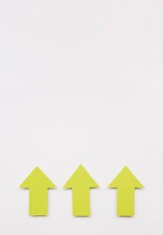 Copy-space arrows aligned