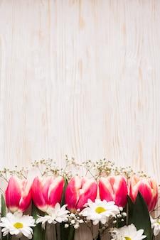 Copy-space blooming flowers