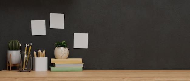 Копия пространства для демонстрации продуктов на деревянном столе с декором и черной стеной, идея концепции современной комнаты