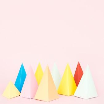 コピースペースの幾何学的な紙の形状
