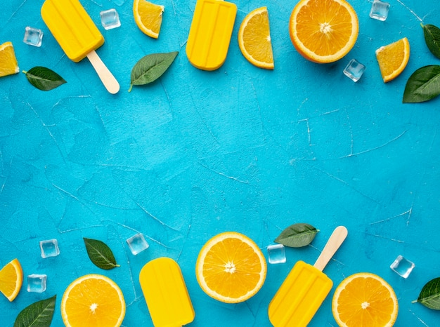 コピースペースアイスクリームオレンジ味