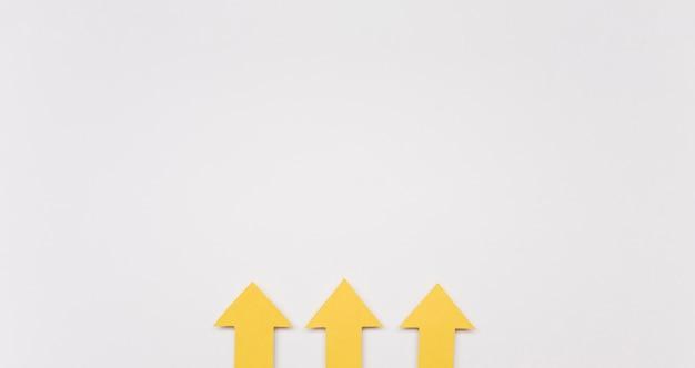 Copy-space yellow arrows