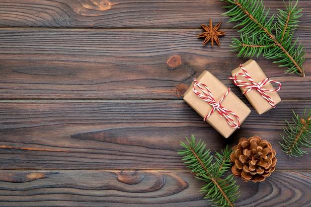 Рождественские фон с copyspace, вид сверху. праздник для тебя дизайн на деревянный стол