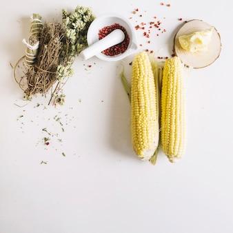Spighe di grano ed erbe