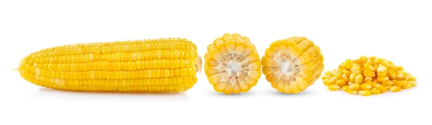 白い表面に分離されたトウモロコシ