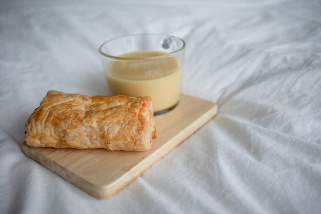 Corn milk with puff pastry.