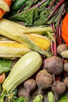 穂軸と他の野菜のトウモロコシ