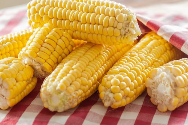 Corn on topcoat