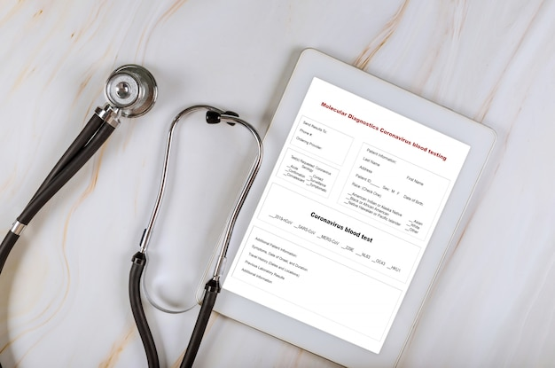 Анализ крови на коронавирус с отчетом и стетоскопом
