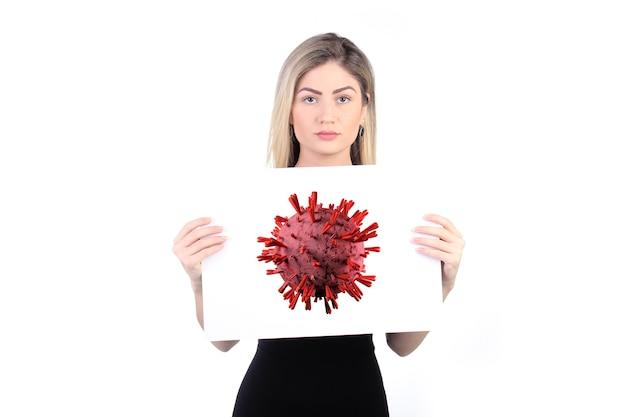Коронавирус, covid-19, 2019-ncov. женщина, держащая плакат