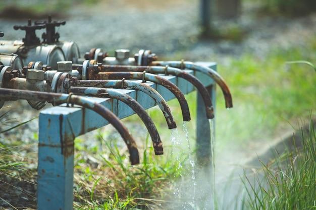 파이프라인에서 밸브 튜브 증기 가스 누출을 통한 부식 녹