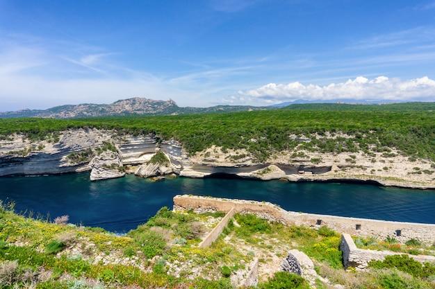 Остров корсика