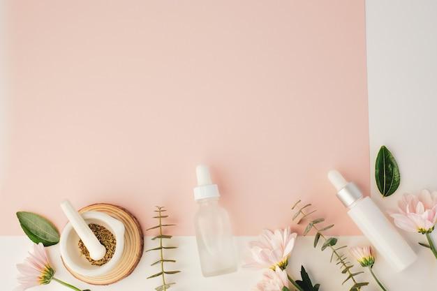 Косметический косметический продукт с натуральным ингредиентом и цветком