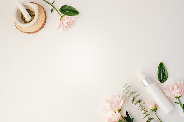 Cosmetic beauty product with natural ingredient and flower