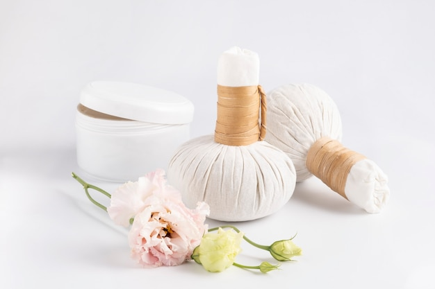 Cosmetic set for massage with bags of herbs