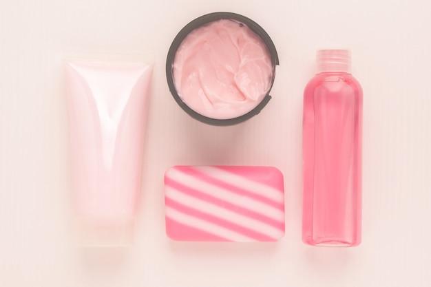 Косметика для красоты и ухода за кожей очищающий тоник увлажняющий и питательный крем с коллагеном