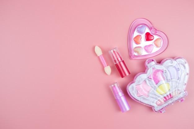 Косметика для маленьких девочек детская помада тени для век блеск для губ