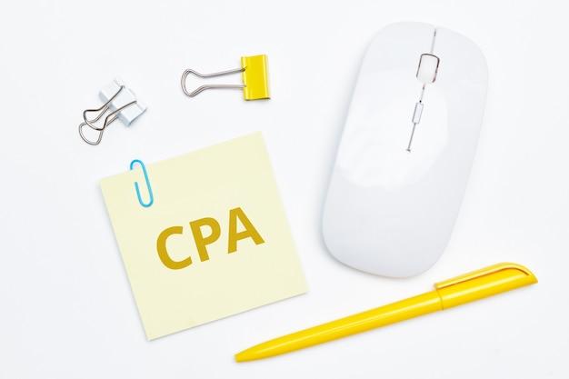 Модель оплаты интернет-рекламы cost per action cpa на стикере.
