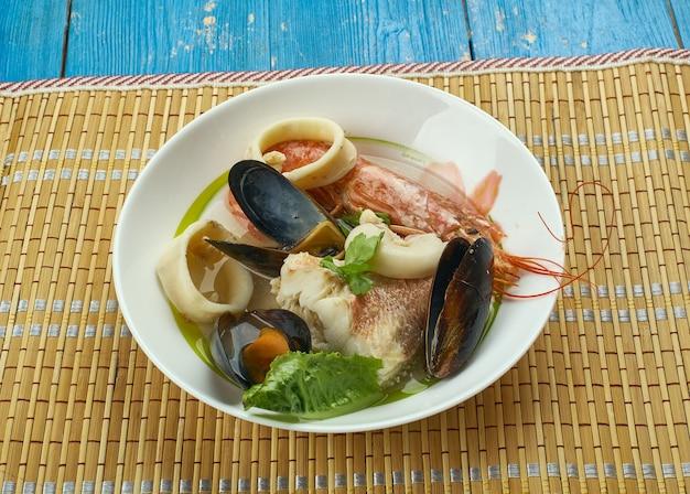 Cote brasserie breton fish stew, от атлантического моря до побережья франции