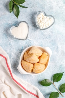 Cottage cheese and sugar cookies crows feet triangle cookies