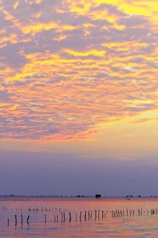 「バンタブン」ペッチャブリー県の海沿いのコテージ