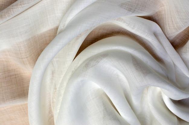 Хлопковая ткань кембрик цвета слоновой кости