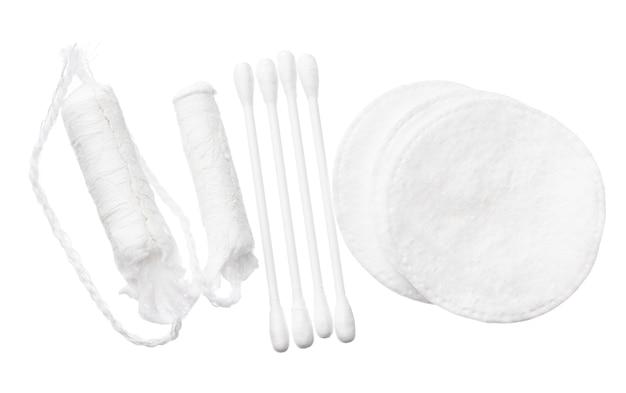 白い背景で隔離の女性のための綿の衛生製品