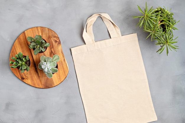 코튼 토트 백 제로 폐기물 생활, 지속 가능성, 친환경 라이프 스타일 프리미엄 사진
