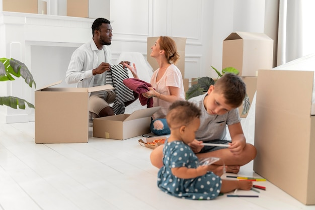 Couple getting ready to move with their children
