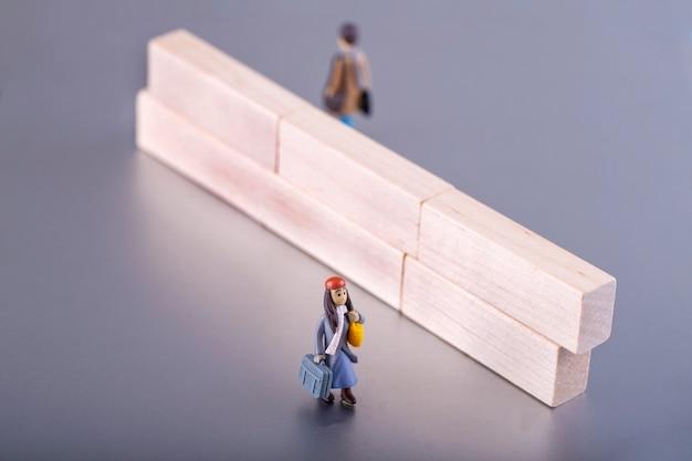 Пара в разводе кризис, концепция семья сломана и проблемы в отношениях