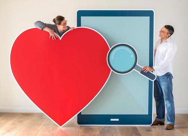 Пара встреч через приложение для знакомств