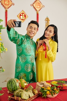 Couple photographing at tet