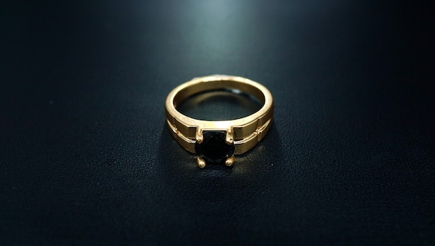 Couple ring with black pearl
