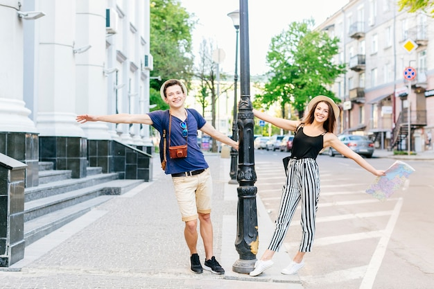 Couple on vacation in city