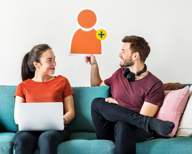 Couple with friend request avatar icon