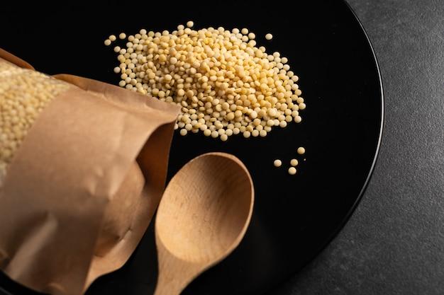 Couscous croup large round