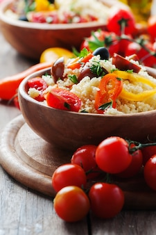 Кускус с овощами и оливками