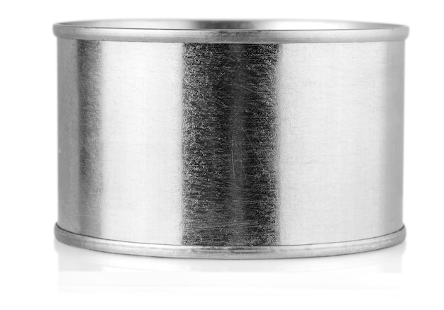 Крышка олова, изолированные на белом фоне.