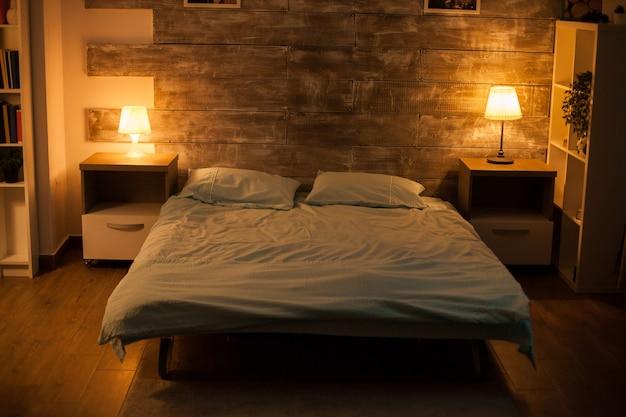 体のない居心地の良いベッドルーム