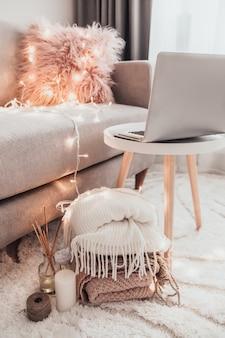 Уютные украшения для дома в интерьере