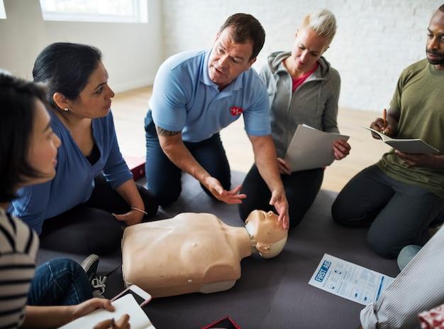 Cpr救急訓練授業