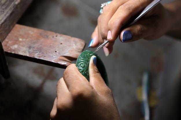Craft jewelry making jewelry wax model making