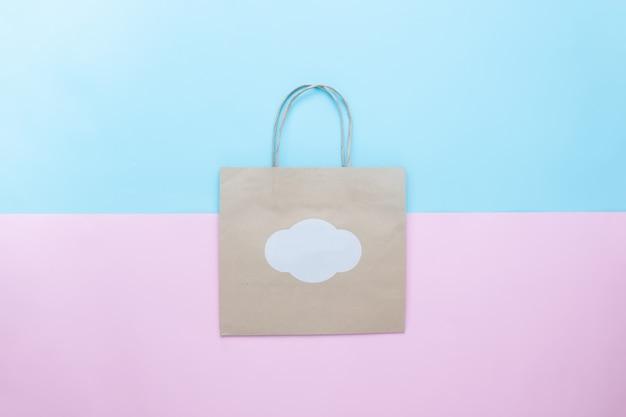 브랜딩을위한 공예 종이 쇼핑백 모형, 파스텔 색 배경에 쇼핑백